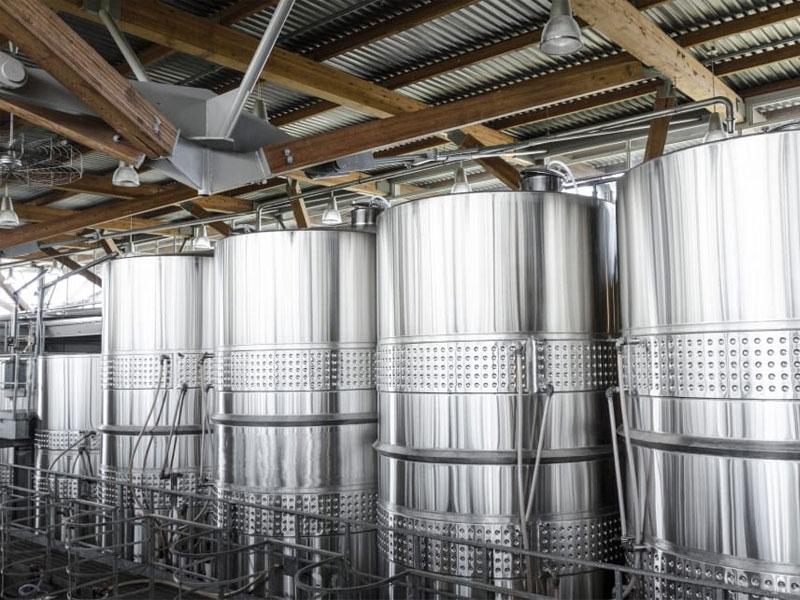 Industrial food storage silos